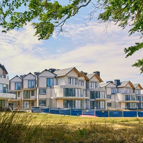 apartamenty nad morzem z widokiem na morze