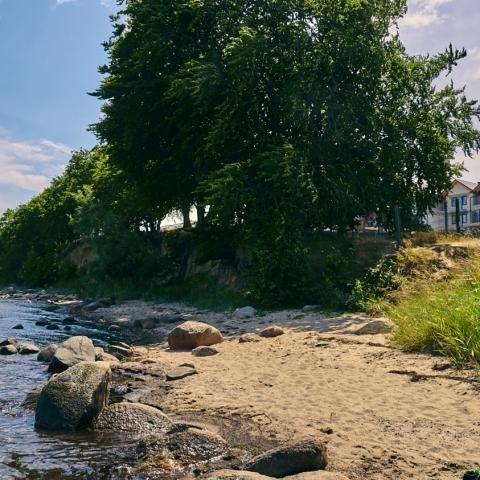 katamarany zatoka z widokiem na morze